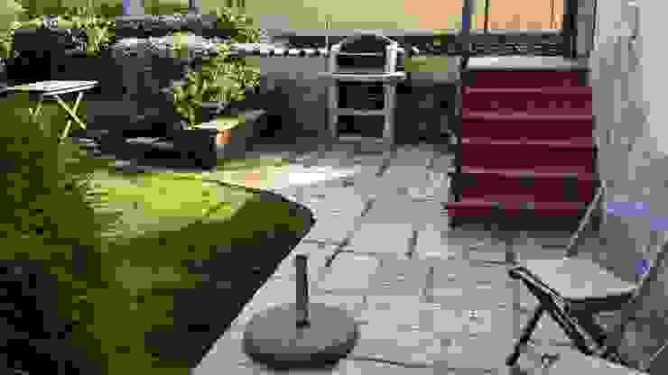 Jardines de estilo  por Adragna Ristrutturazioni Srls