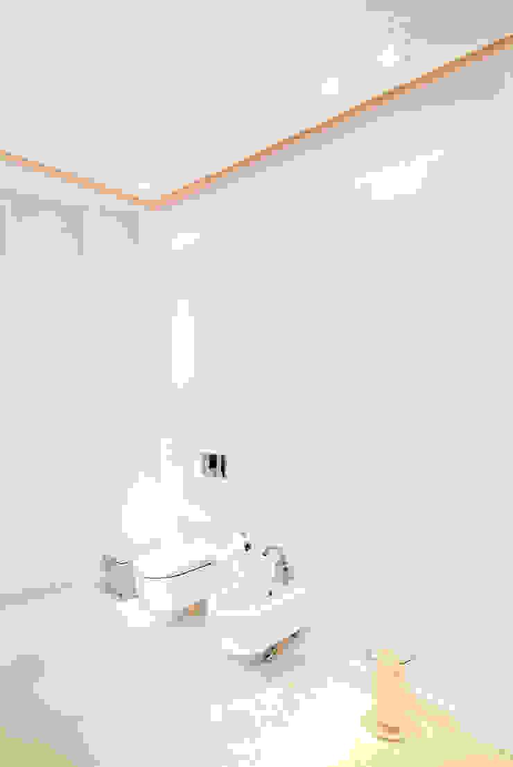 dziurdziaprojekt Modern bathroom