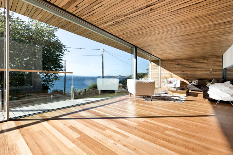 dezanove house designed by iñaki leite - living interior Modern Windows and Doors by Inaki Leite Design Ltd. Modern