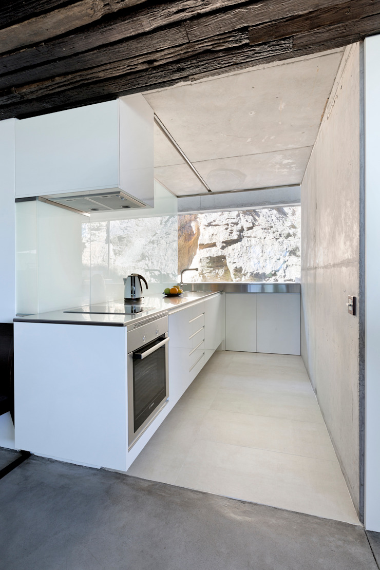 dezanove house designed by iñaki leite - kitchenette Inaki Leite Design Ltd. Cuisine moderne