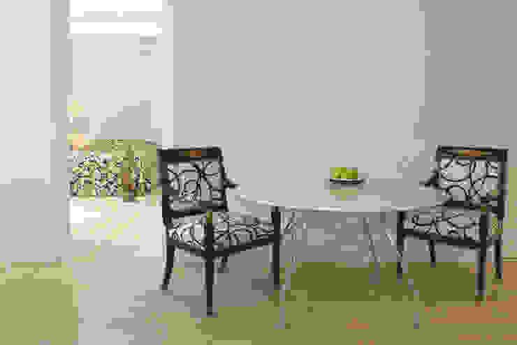 Modern Dining Room by dziurdziaprojekt Modern