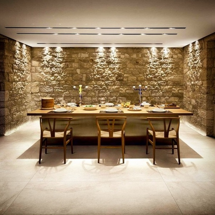 Country style dining room by Plaza Yapı Malzemeleri Country
