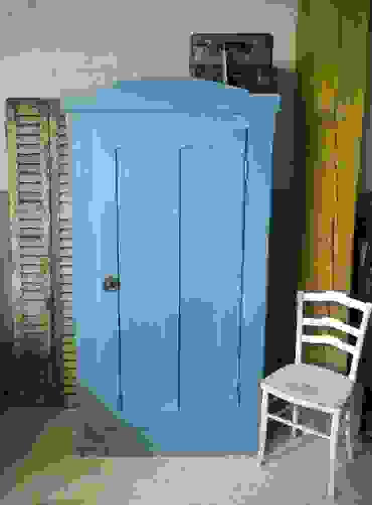 Antieke eendeurs kast in blauw van Were Home Rustiek & Brocante