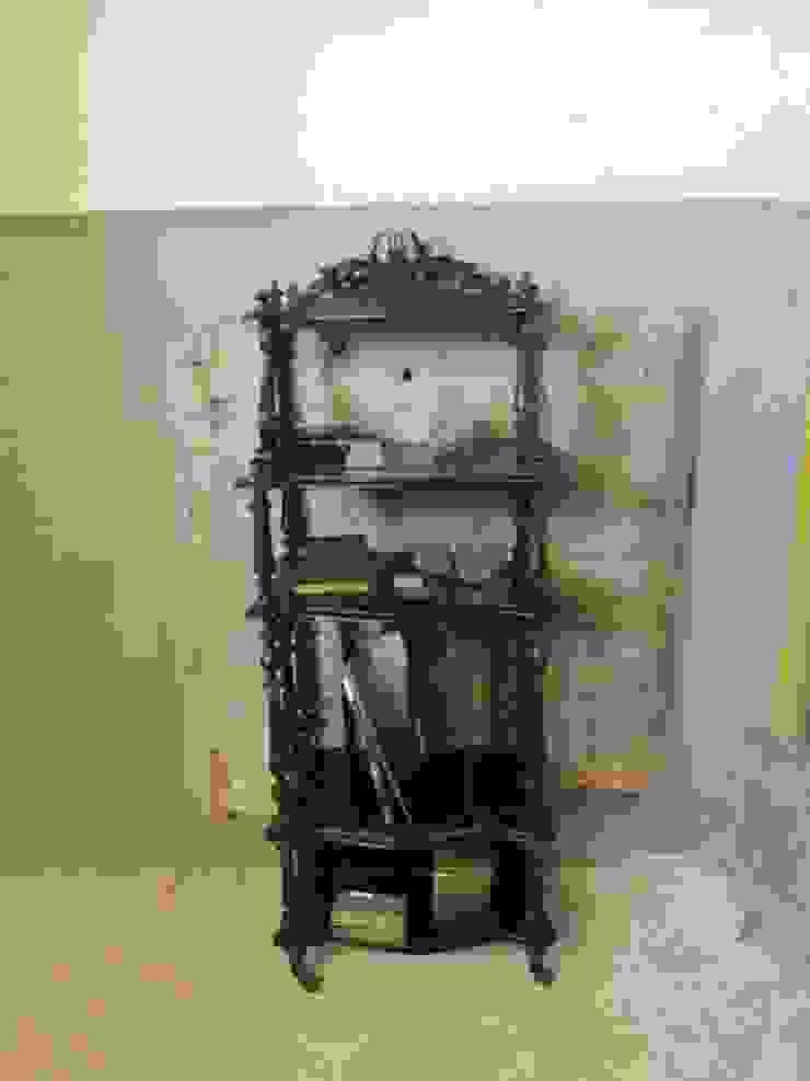 Antieke Franse etagere Napoleon III, zwart van Were Home Rustiek & Brocante