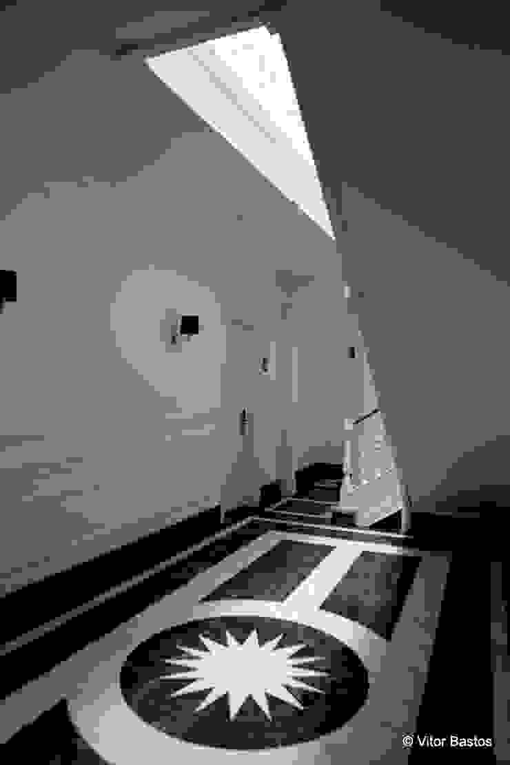 Villa Vasco da Gama | Guest House | Cascais Corredores, halls e escadas clássicos por shfa Clássico