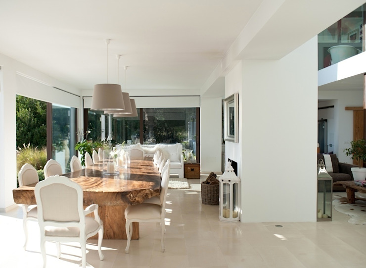Salon moderne par Finnscania Blockhausfabrik Moderne