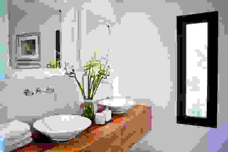 Modern Bathroom by Finnscania Blockhausfabrik Modern