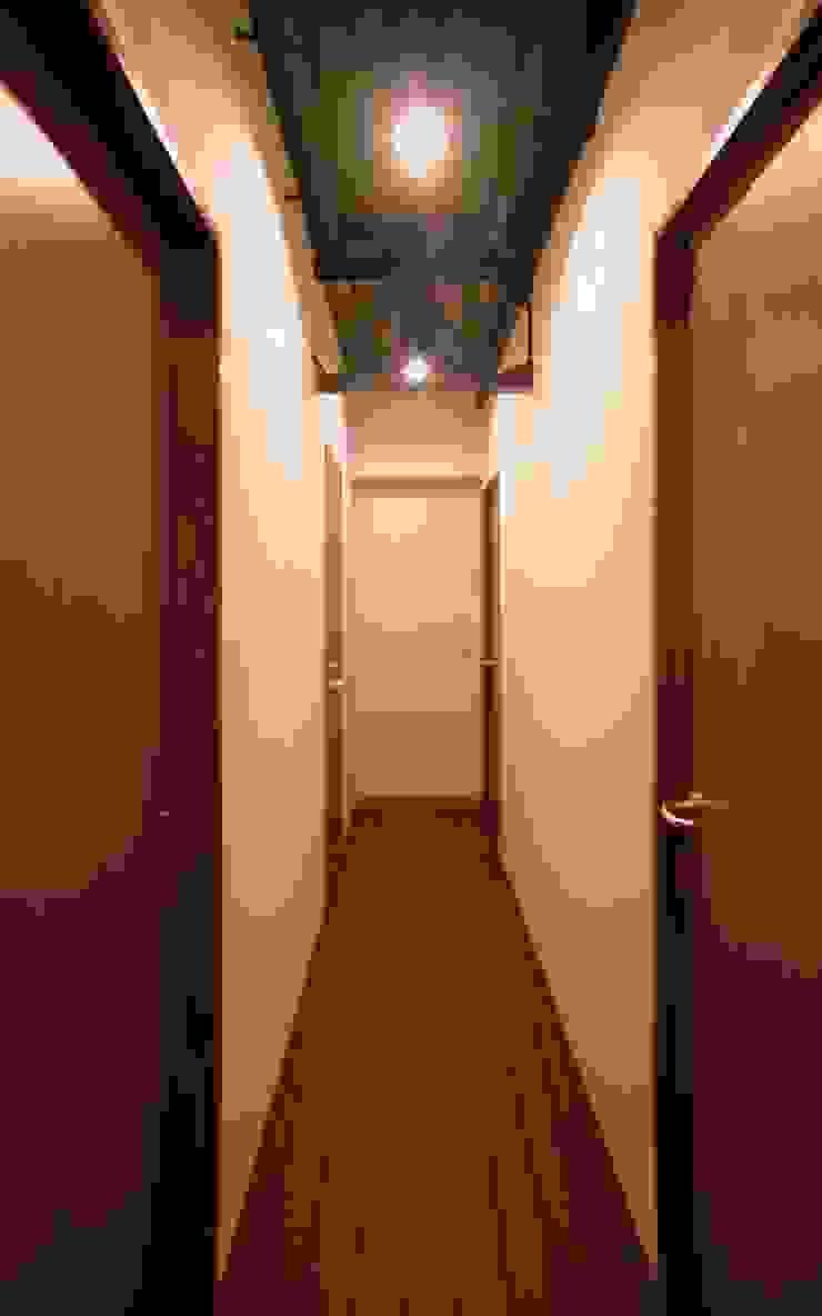 廊下 オリジナルスタイルの 玄関&廊下&階段 の 株式会社エキップ オリジナル