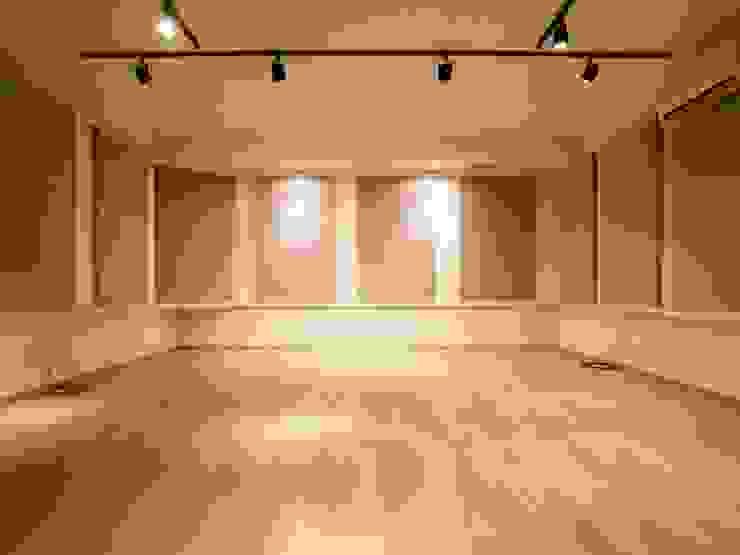 音楽スタジオ オリジナルデザインの 多目的室 の 株式会社エキップ オリジナル