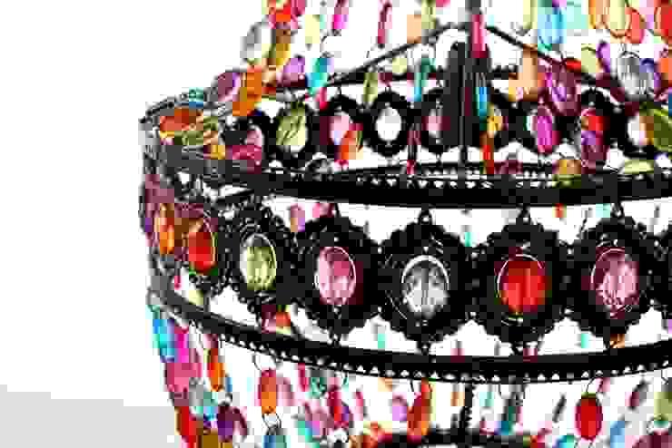 Detalle lampara de techo colorista de Goyart.com Mediterráneo