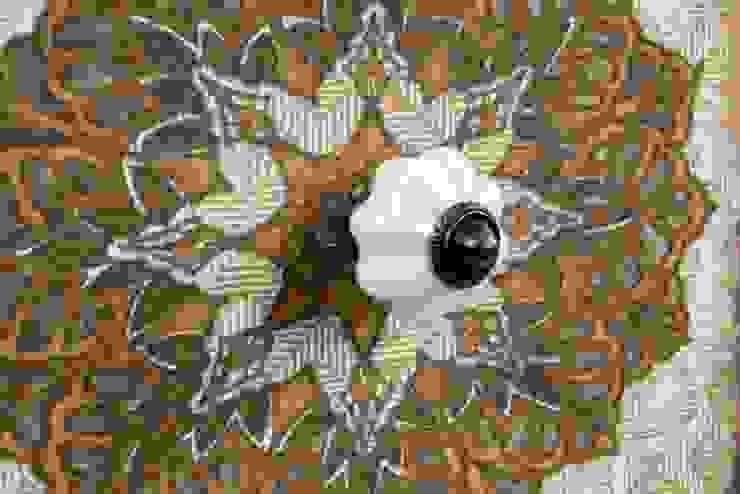 Detalle de comoda decorada:  de estilo colonial de Goyart.com, Colonial