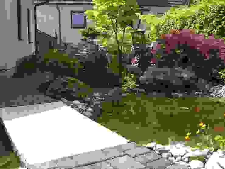 Grüne Oase Klassischer Garten von BELLA FLORA GARTENGESTALTUNG Klassisch