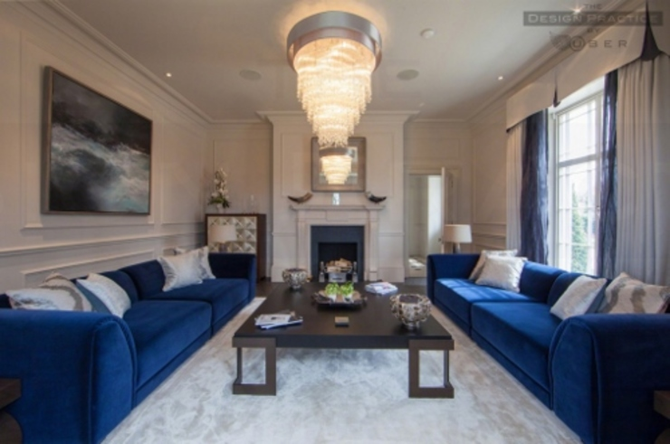 lUXURY LIVING ROOMS Classic style living room by Debra Carroll Interiors Classic
