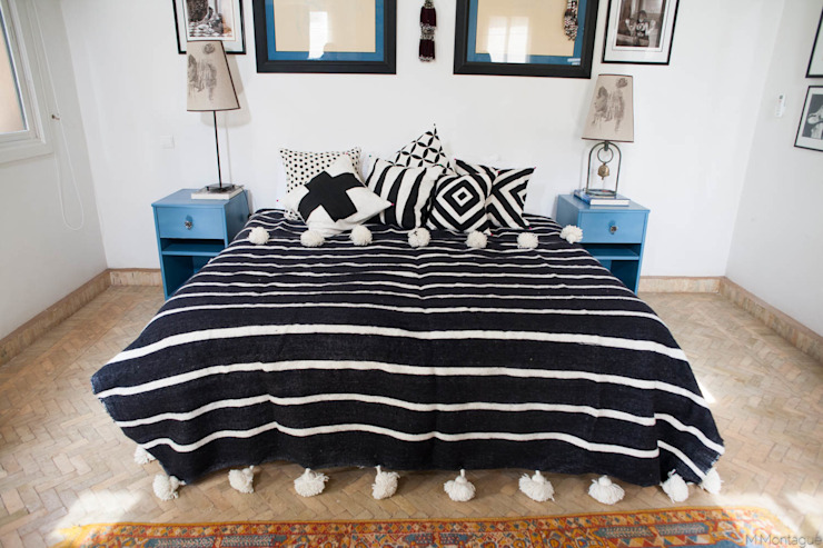 Moroccan Striped Black & White Pom Pom Blanket M.Montague Souk SlaapkamerAccessoires & decoratie