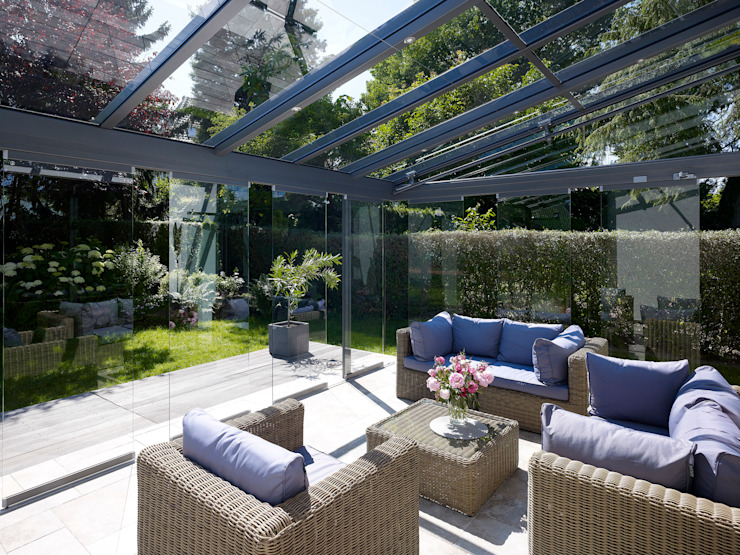 di Solarlux GmbH Moderno