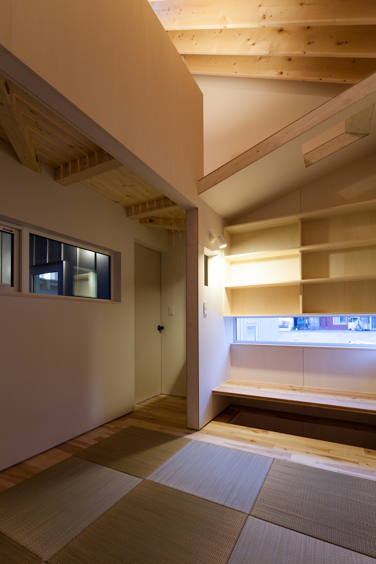 やすらぎの間 モダンスタイルの寝室 の 一級建築士事務所 Atelier Casa モダン