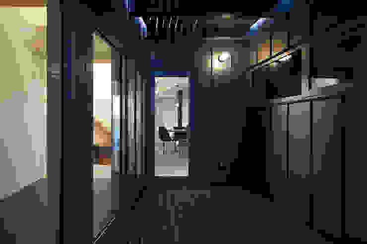 デッキテラス モダンデザインの テラス の 一級建築士事務所 Atelier Casa モダン