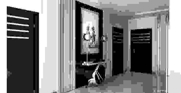Квартира в Москве Коридор, прихожая и лестница в классическом стиле от Юлия Кирпичева Классический