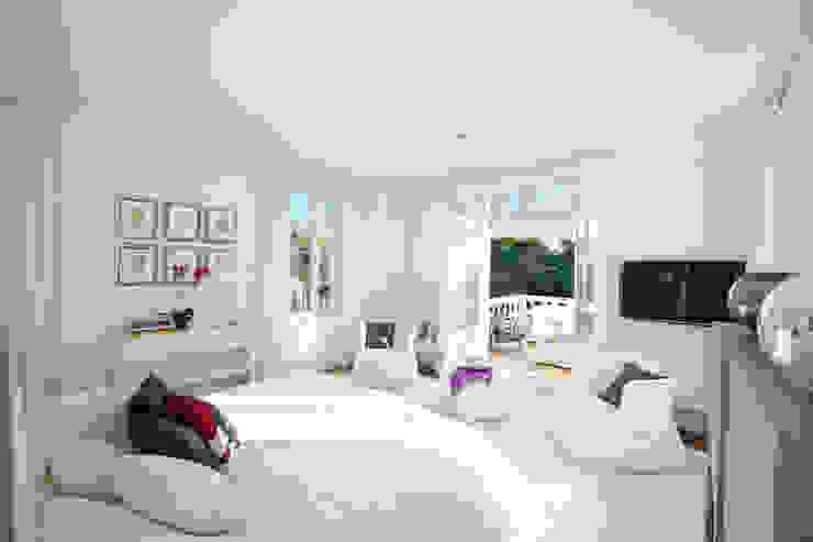 Master Bedroom Спальня в классическом стиле от Heirlooms Ltd Классический