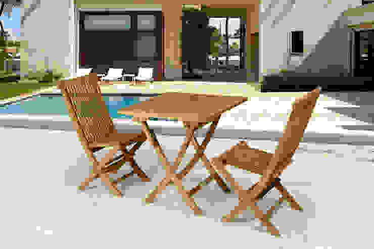 Conjunto de sillas y mesa cuadrada. de SYD Muebles de Jardin Mediterráneo