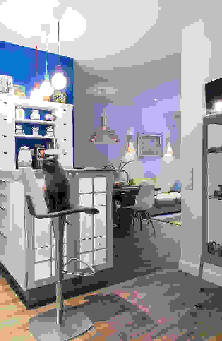 Квартира в ЖК Новая Скандинавия Кухня в скандинавском стиле от projectorstudio Скандинавский
