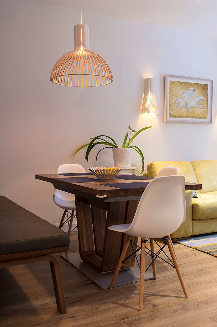 Квартира в ЖК Новая Скандинавия Столовая комната в скандинавском стиле от projectorstudio Скандинавский