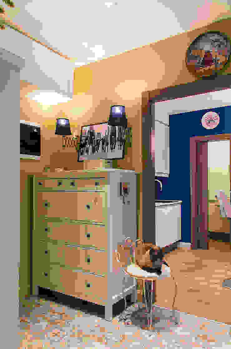 Квартира в ЖК Новая Скандинавия Коридор, прихожая и лестница в скандинавском стиле от projectorstudio Скандинавский