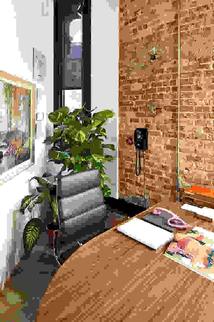 FELICES creative consultancy Oficinas y tiendas de estilo minimalista de FiS interiorismo Minimalista