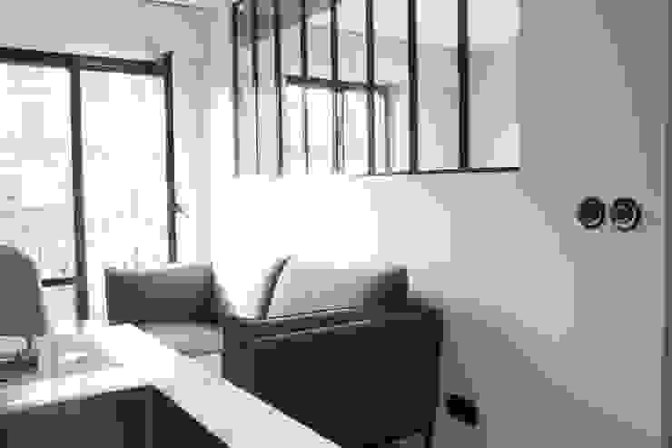 PARIS 17 30m² Salon industriel par blackStones Industriel