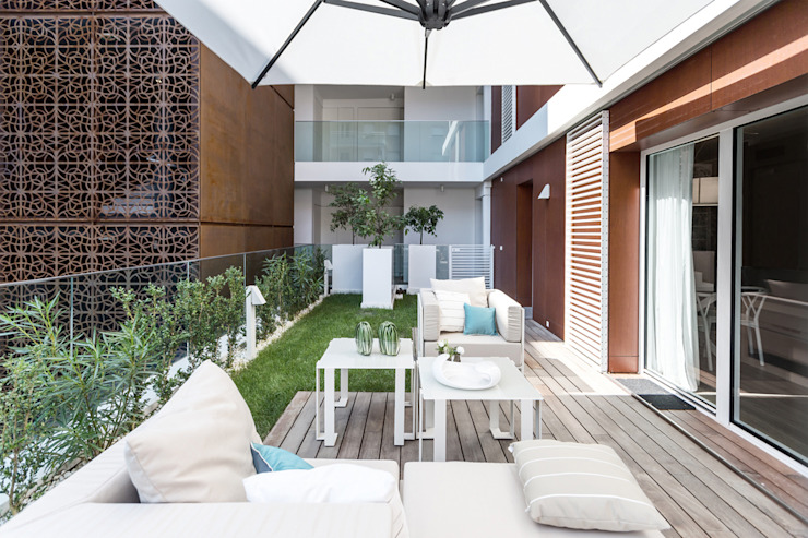 Patios & Decks by NG-STUDIO Interior Design