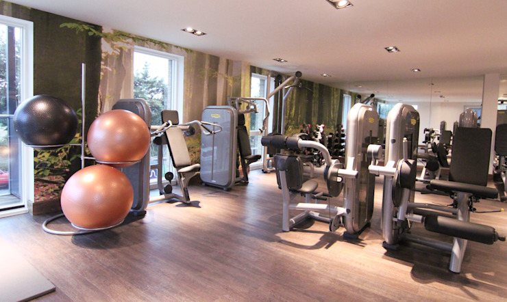 Home Gym Salle de sport moderne par Raw Corporate Health Moderne
