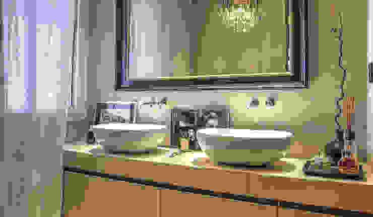 bagno privato camera padronale Bagno moderno di cristina zanni designer Moderno