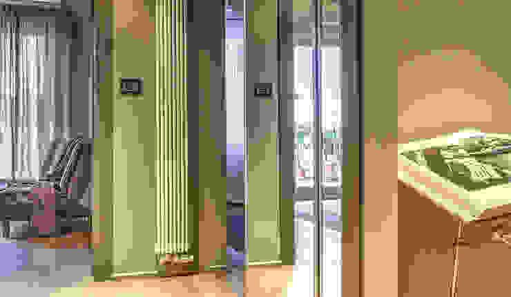 Puertas y ventanas de estilo moderno de cristina zanni designer Moderno