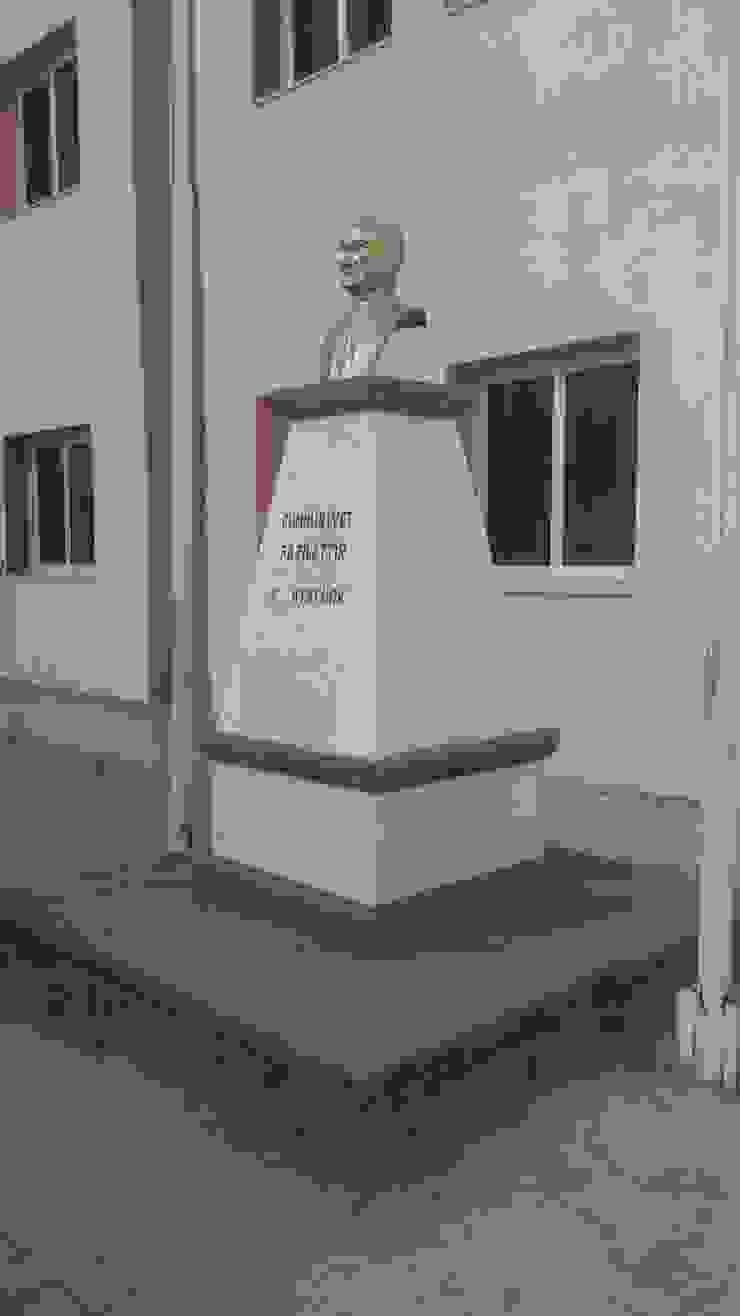 büst anıt Bayram Soner Acarlıoğlu ve ortakları