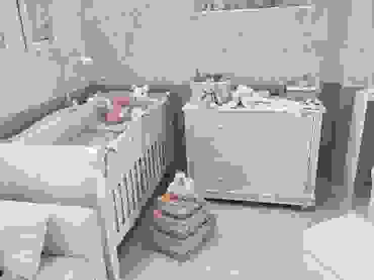 Habitación Antique:  de estilo  por Baby Luna, Clásico