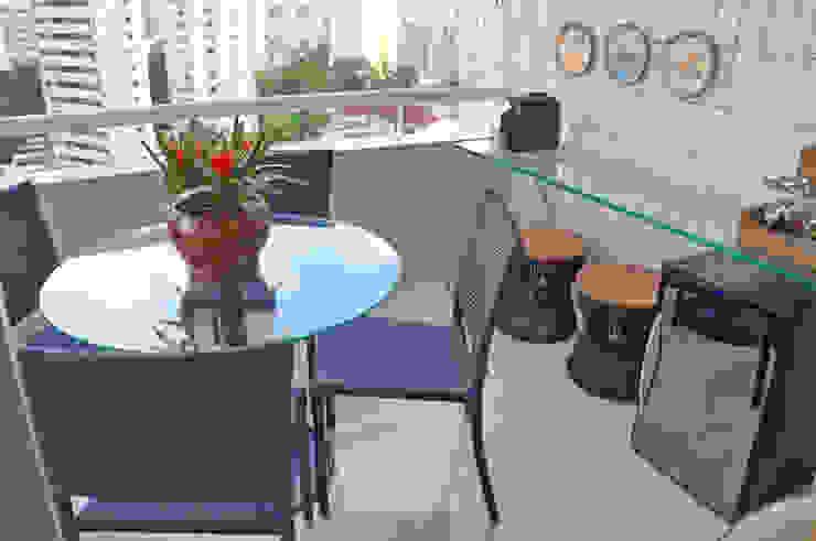 Tudo azul Varandas, alpendres e terraços modernos por Ju Nejaim Arquitetura Moderno