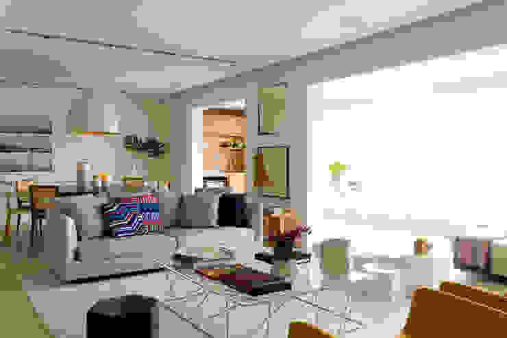 Panamby Apartment Salas de estar modernas por DIEGO REVOLLO ARQUITETURA S/S LTDA. Moderno