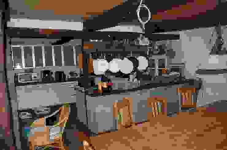 Dapur Gaya Country Oleh Stuccolustro Country