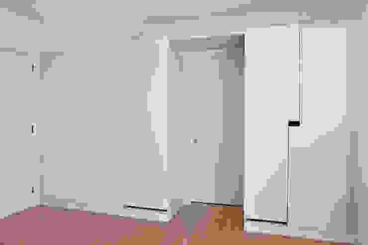 APARTAMENTO VdC01 – Remodelação Quartos minimalistas por A2OFFICE Minimalista