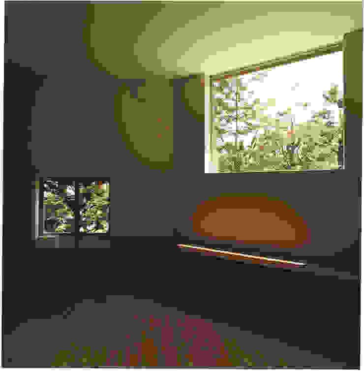 中村南一丁目住宅 ミニマルデザインの リビング の 一級建築士事務所 艸の枕 ミニマル