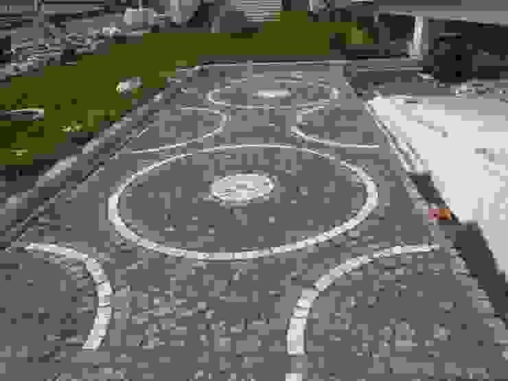 GRANİT KÜP TAŞ UYGULAMASI KOZAK GRANİT Modern Bahçe