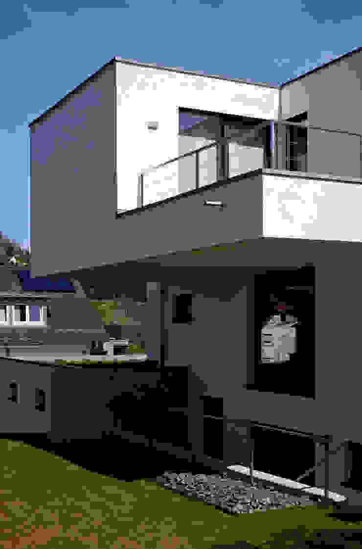من brügel_eickholt architekten gmbh حداثي