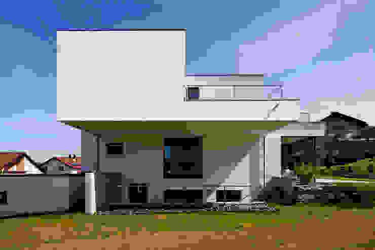 من brügel_eickholt architekten gmbh تبسيطي