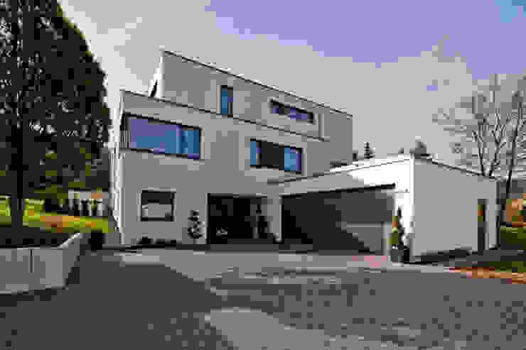 Casas modernas de brügel_eickholt architekten gmbh Moderno