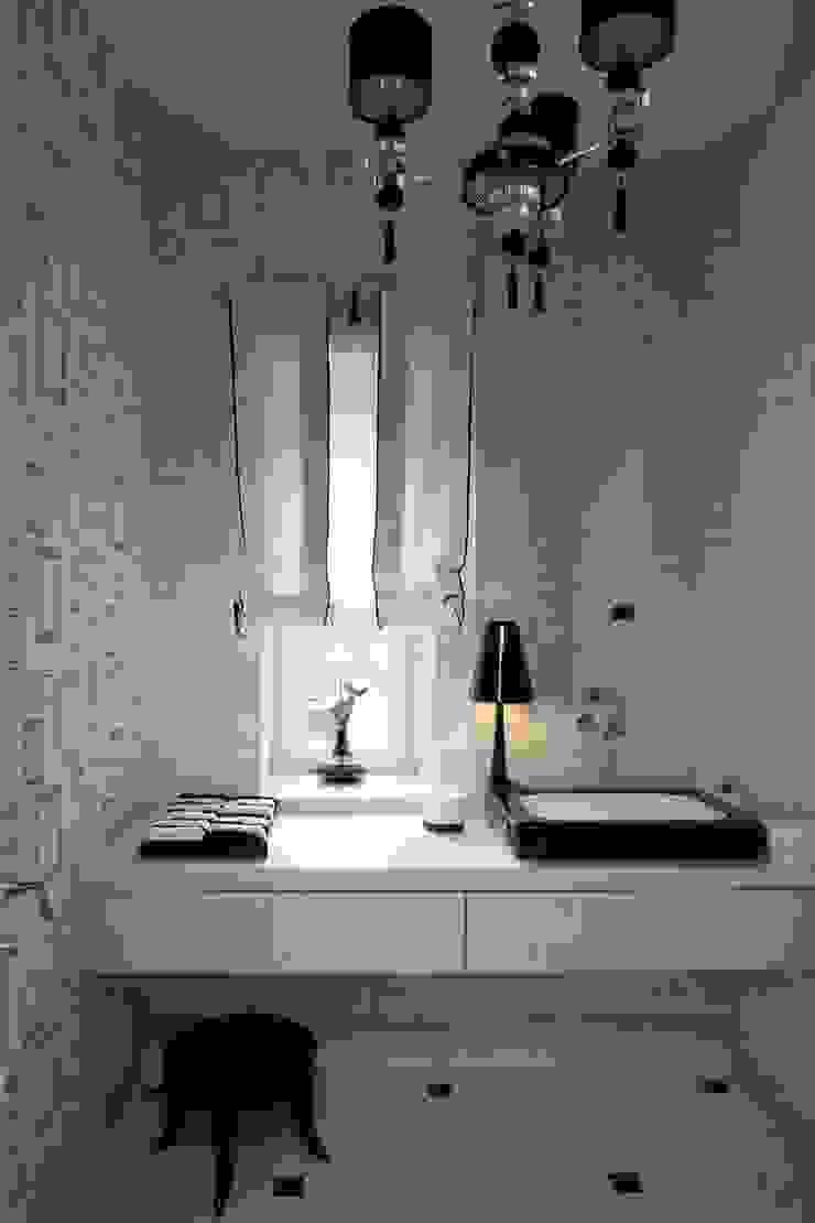 Дом в Горках Ванная в классическом стиле от Lighthouse Projects Классический