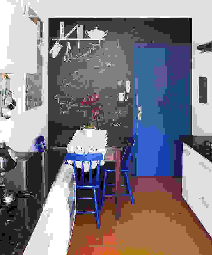 Santa Cecília Flat Cozinhas modernas por Red Studio Moderno