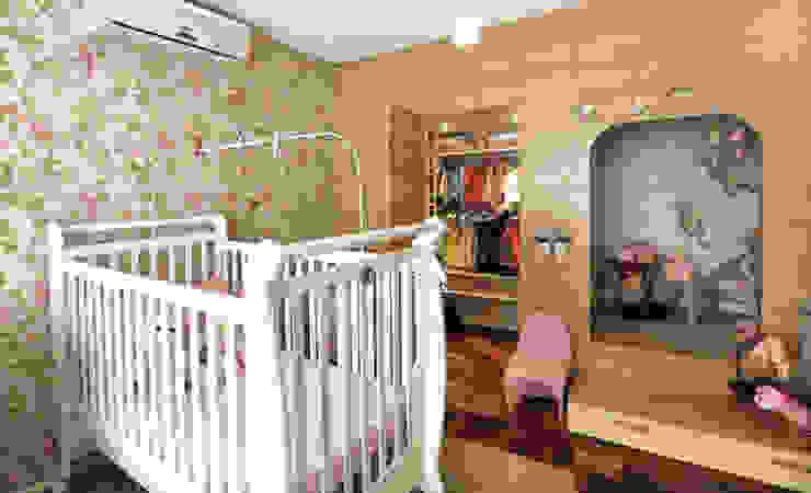 Modern nursery/kids room by Red Studio Modern