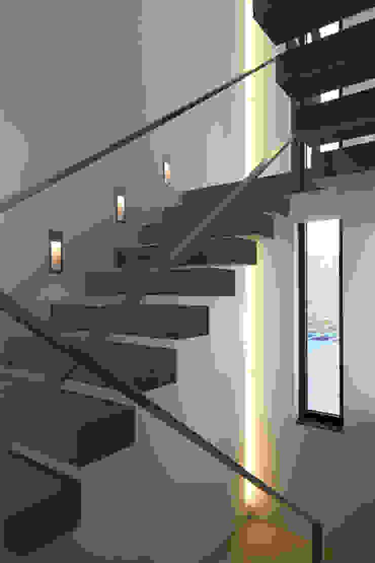 wirges-klein architekten Pasillos, vestíbulos y escaleras de estilo moderno