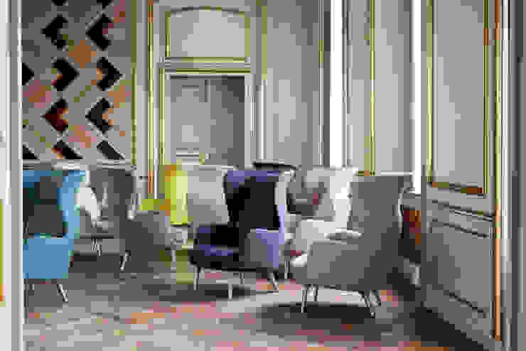 Fotele Ro od Mootic Design Store Skandynawski