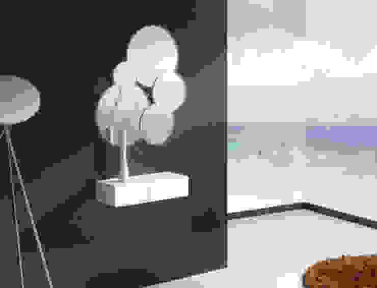 Consola moderna de colgar de MIAHOME TRENDS GROUP SL Moderno